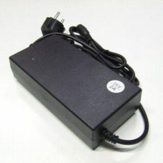 Akkumulátor, töltő